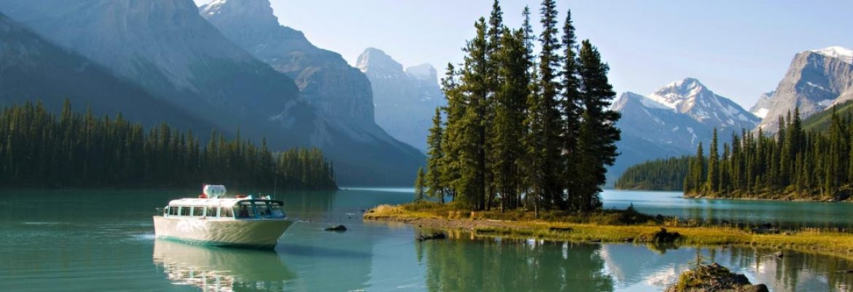 Maligne Lake,AB, Canada