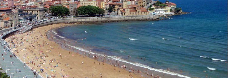 Playa de San Lorenzo,Gijón, Asturias, Spain